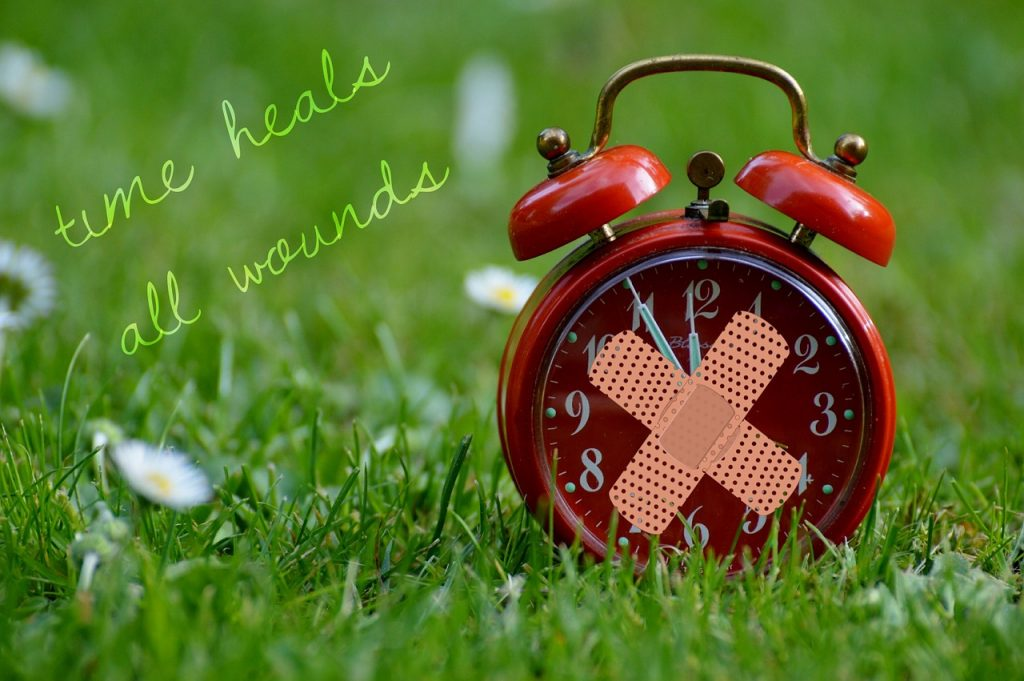 time-heals-all-wounds-1087107_1280
